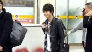 Waiting for a Japanese actor, Teppei Koike, in SongShan Airport, Taipei, Taiwan. 在台北松山機場為日本藝人小池徹平接機!