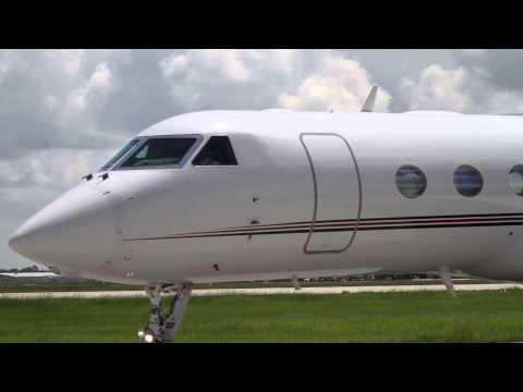 Houston Hobby Airport Plane Spotting- Lots of Biz Jets!