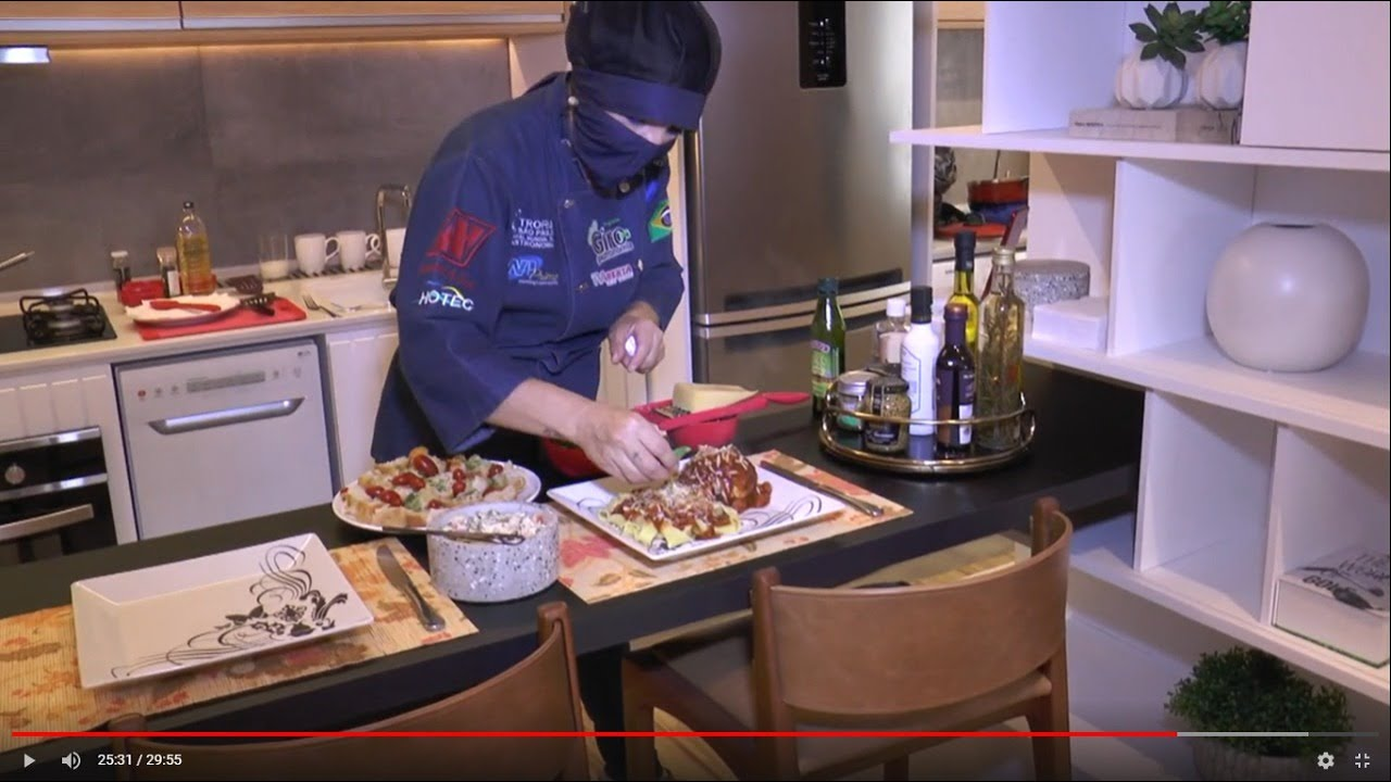 Receitas do Giro no apartamento decorado das incorporadoras Helbor e Toledo Ferrari com Alma Premium
