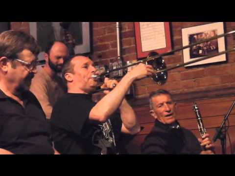 Trombone virtuoso, Phil Abraham, with Dave Holo  6C / 8