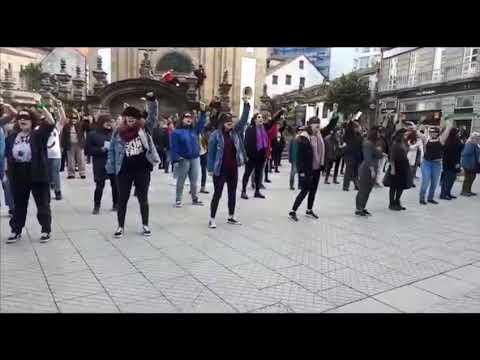 Pontevedra levanta a voz coa performance feminista chilena