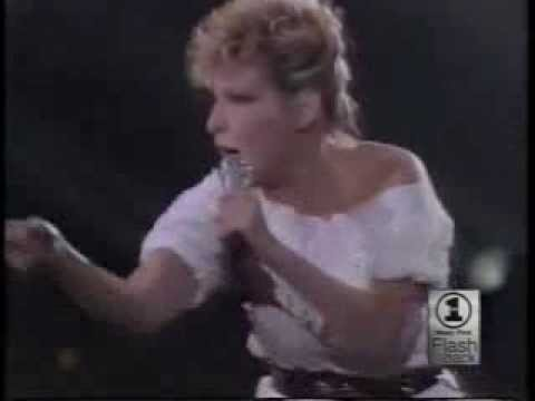 Beast Of Burden    Bette Midler Solid Gold 1983