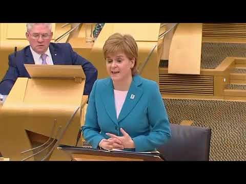 Willie Rennie is a Pathetic Attention Seeker - First Minister's Questions