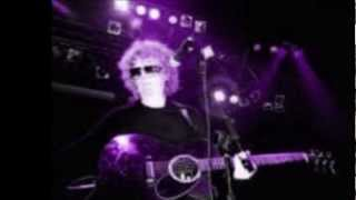114  Ian Hunter   Good Man In A Bad Time 2000 with lyrics