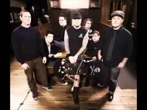 Kiss Me I'm Shitfaced- Dropkick Murphys (Music Video)