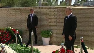 Владимир Путинпочтил вСамарканде память первого президента Узбекистана ипровел важные переговоры.