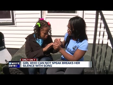 Girl who cannot speak breaks her silence with song