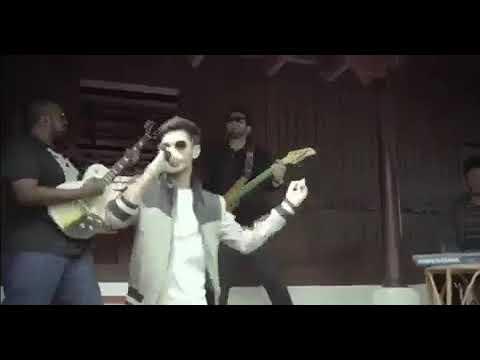 Whatsapp Status - Sarviva Song Vivegam Tamil Movie Anirudh Singing Funny -whatsapp Videos