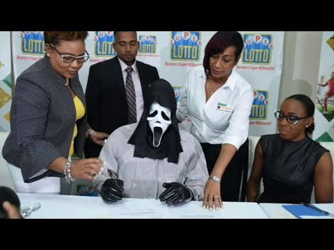 SHROOM - $158 Million Lottery Winner Claims Prize While Wearing Scream Mask [Photos]