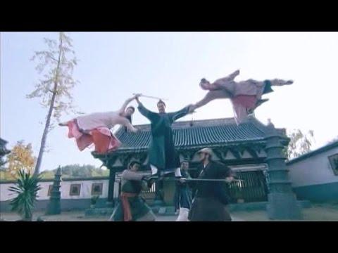 8 vs 1 Kung Fu Battle - Legend of the Condor Heroes