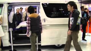 新アルファードとハイエース(トヨタ車体特別乗用モデル)新車 比較 動画
