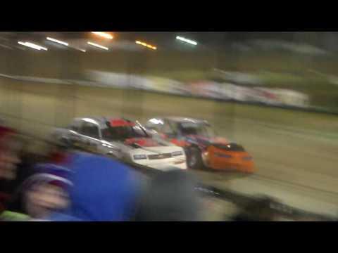 Stock Car Heat 3 @ Marshalltown Speedway 04/07/17