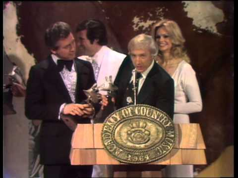 Cal Smith Wins Song of the Year - ACM Awards 1975