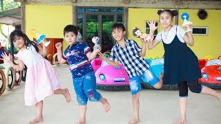 Kids Go To School | Chuns and Best Friends Learn Painting Statues Play Car Children's Toys City