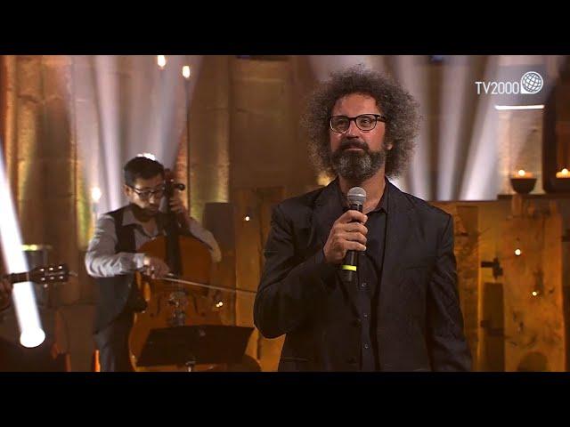 'Le poche cose che contano' di Simone Cristicchi e Amara su Tv2000