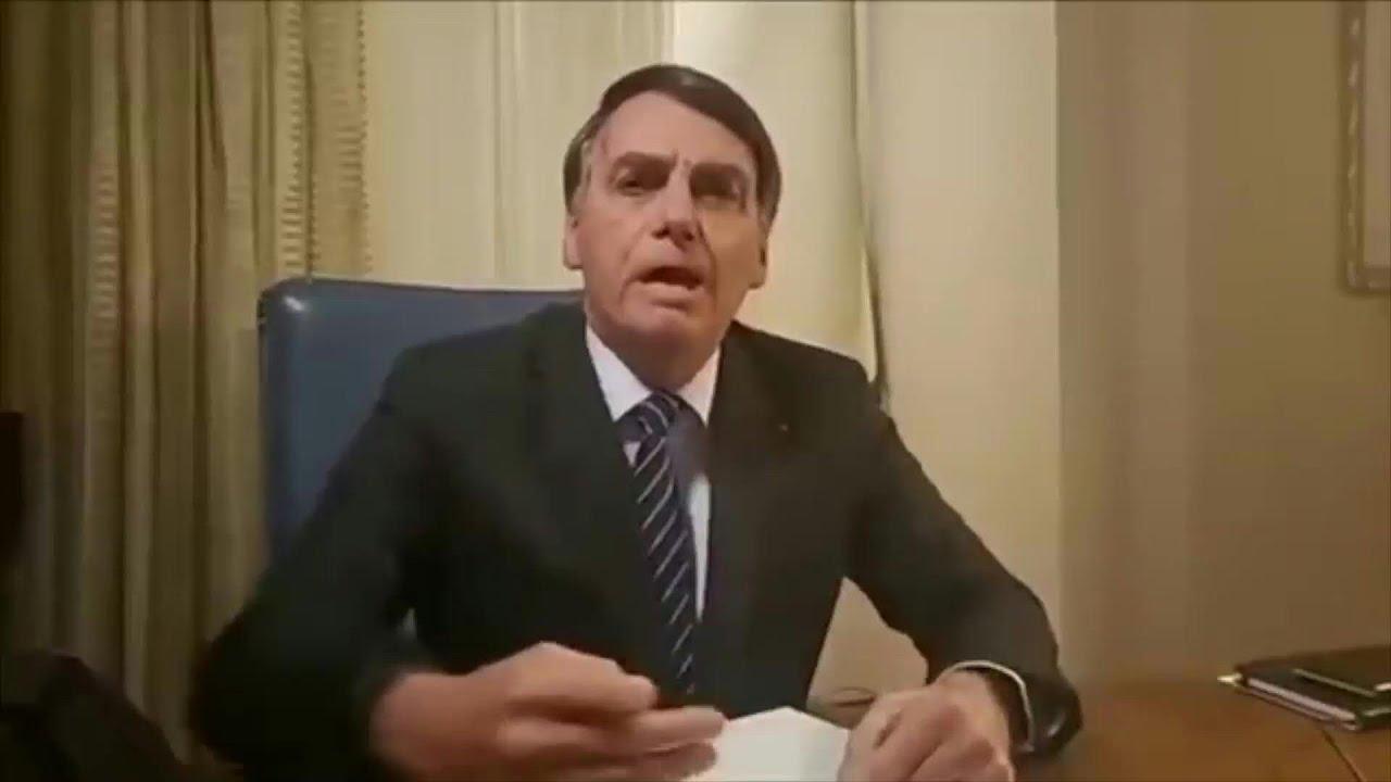 Bolsonaro, furioso, ataca a TV Globo por informe sobre caso de concejal asesinada | AFP