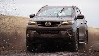 видео Внедорожник Toyota Fortuner. Теперь и с бензиновым мотором