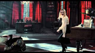 Dark Shadows - Trailer Italiano - Al cinema dall