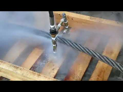 Cumond high temperature water pressure washer with four custom-made nozzles on steel cable cleaning