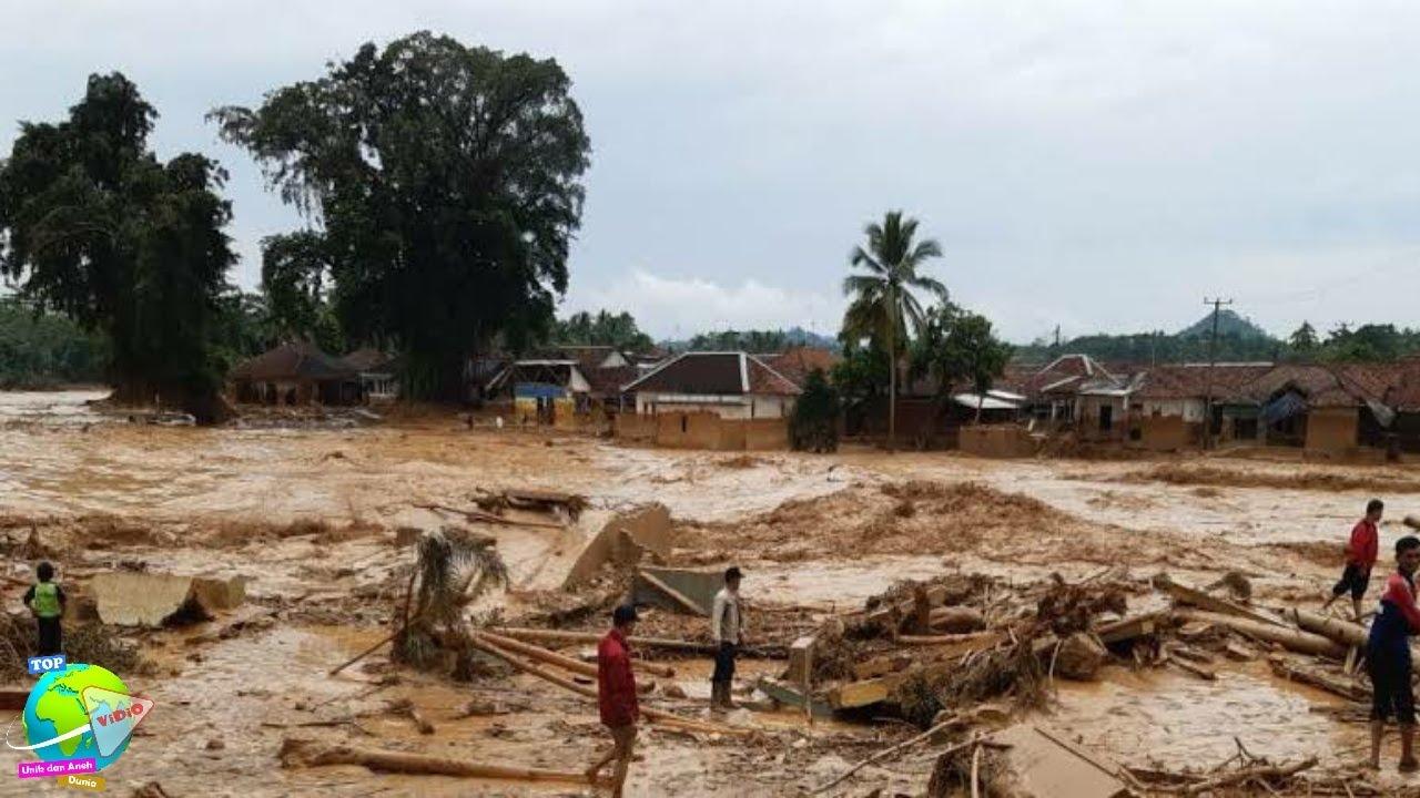Dimusin Kemarau, Daerah Melawi Malah Diterjang Banjir dan Tanah Longsor Selama 4 Hari!! Aneh....