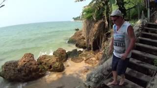 УЮТНЫЙ ПЛЯЖ КОЗИ БИЧ В ПАТТАЙЕ, район протамнака. Тайланд, февраль 2017(Прогулка по пляжу кози бич в паттайе, смотрю насколько чист песок и вода, правда ли что в паттайе есть пляж..., 2017-02-10T11:31:11.000Z)