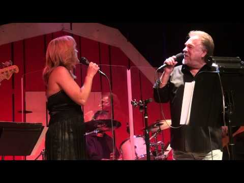 Gene Watson & Rhonda Vincent - This Wanting You