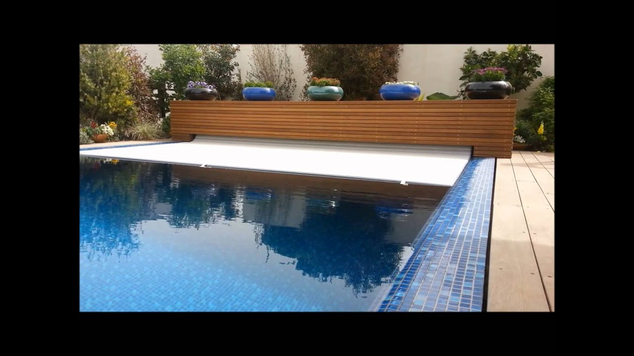 aqualife pool cover - external storage compartment