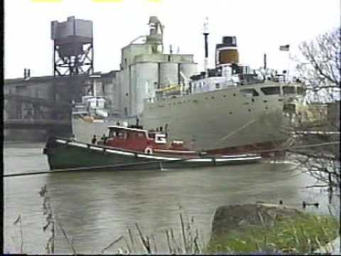 Grain and cement freighters in Buffalo