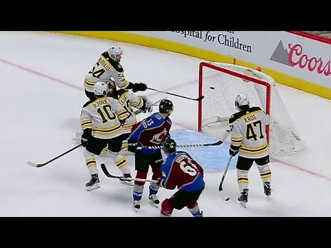 Kerfoot goes to the front of the net and it pays off for his first NHL goal