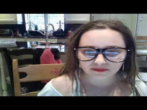 sophieloveskarmin's Webcam Video from April 21, 2012 12:51 PM