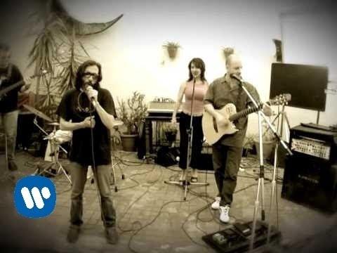 MARTIRES DEL COMPAS - Chu Lailo La Leilo (Video clip)
