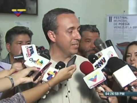 Ministro Fidel Barbarito anuncia inicio del Festival Mundial de Poesía