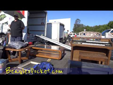USA Swap Meet US Flea Market Pranks LOL Buy Sell Deals Garage Sale Yard Save Money