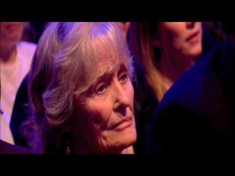 Virginia McKenna receives British Animal Honour from Brian May & Anita Dobson 11 Apr 2013