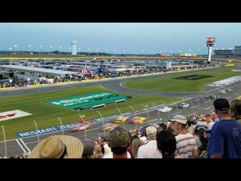 Start of NASCAR monster energy cup all star race