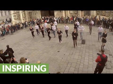 Epic flash mob wedding proposal in Vienna square
