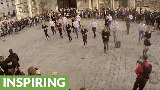 Epic flash mob wedding proposal in Vienna square