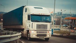 ЧТО В КАБИНЕ? БЕСКАПОТНЫЙ АМЕРИКАНСКИЙ ГРУЗОВИК Freightliner Argosy 1-я ЧАСТЬ
