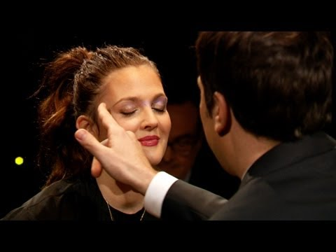 Thumbnail: Rouge-lette with Drew Barrymore (Late Night with Jimmy Fallon)