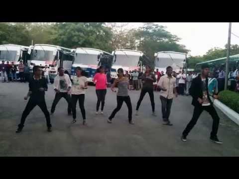 flash mob at tech mahindra bahadurpally