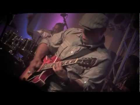 Israel Houghton and New Breed - Everywhere That I Go & Jackson 5 Intro