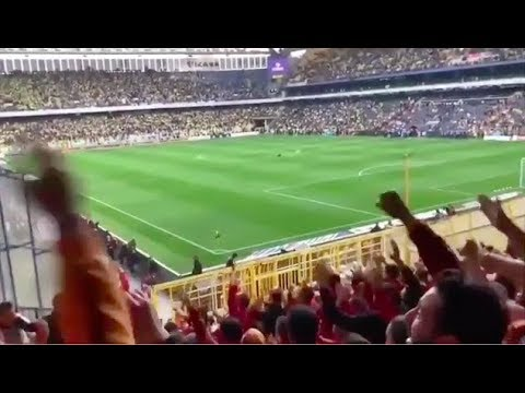 Galatasaray Taraftarı'ndan Aziz...