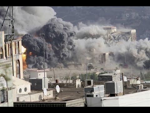 لقطات منوعة لقصف مخازن أسلحة العدو الحوثي