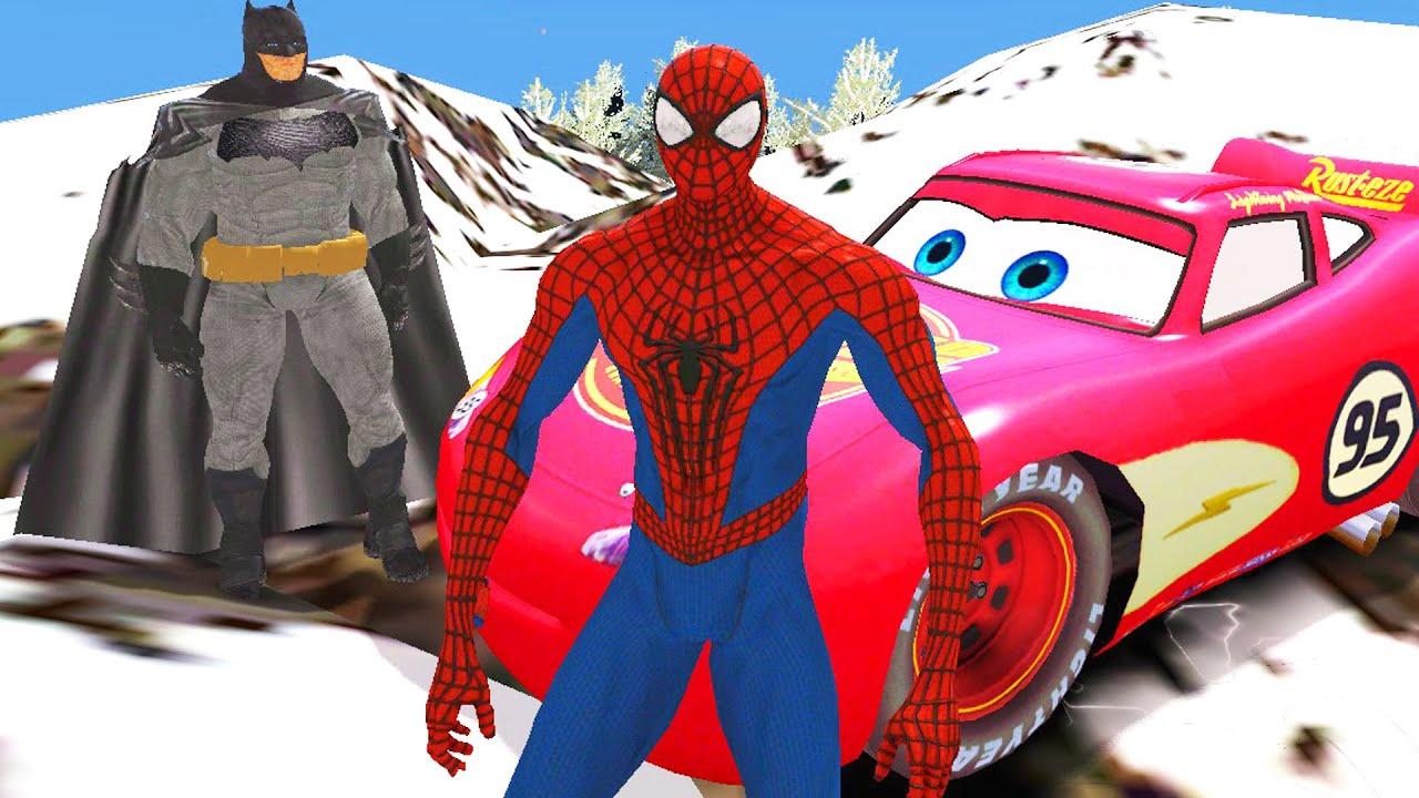 Человек Паук и Бэтмен едут по горам на Молнии Маквин ...