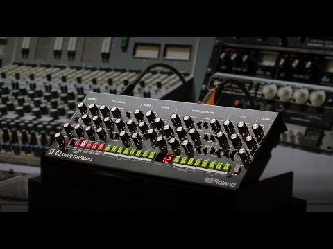 Roland Boutique SE-02 Analog Synthesizer - Designed by Studio Electronics