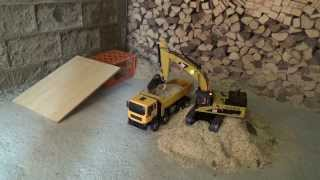 Camion RC 1/14 Excavator CAT 345D / Man 8x8 Hydraulic Dump truck Armageddon