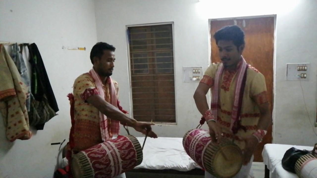 Bishwajit gogoi & Raktim phukan dhol badon