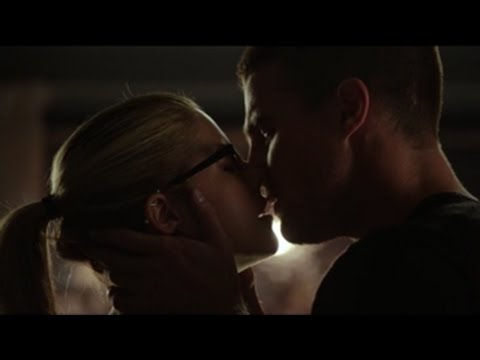 Oliver and Felicity - Love Don't Die Easy