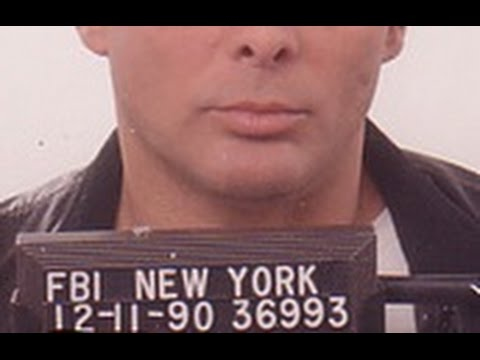 Life in the Mafia: A Secret Underworld of Power, Lust, Greed, Betrayal & Deception (1997)