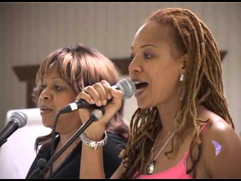 Daughters of Soul - Inspirational Grooves 2007 - interview Sandra St. Victor